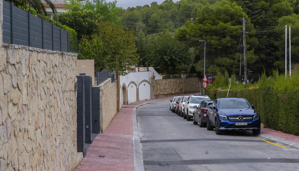 Carrer Terra Ferma de la urbanització Cala Romana, on dilluns es va produir un robatori.