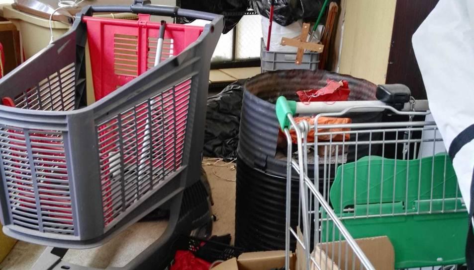 Imatge del local on van entrar a robar.
