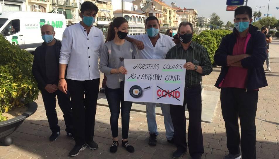 Protesta dels restauradors cambrilencs.