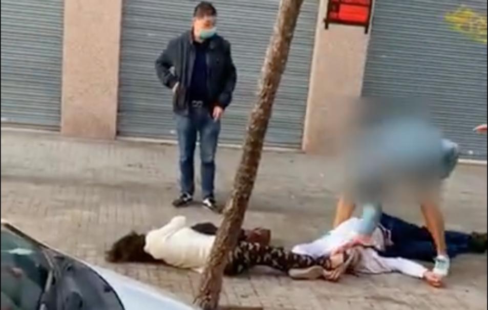 Moment de l'agressió al carrer d'Orosi.