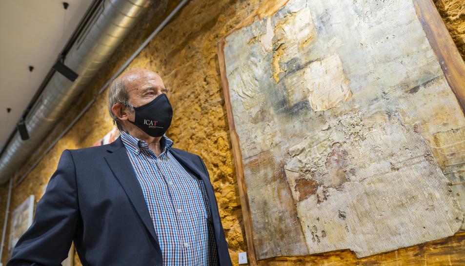 Manel Roca el passat dimecres a l'Espai Nautilus on s'exhibeix la seva obra.