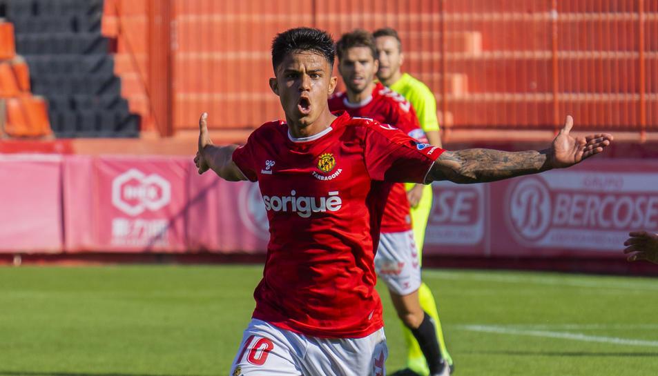 Brugui celebra un gol anotat contra l'Andorra.