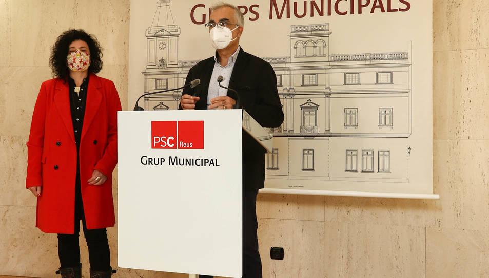 La regidora Ana Martínez i el portaveu Andreu Martín.