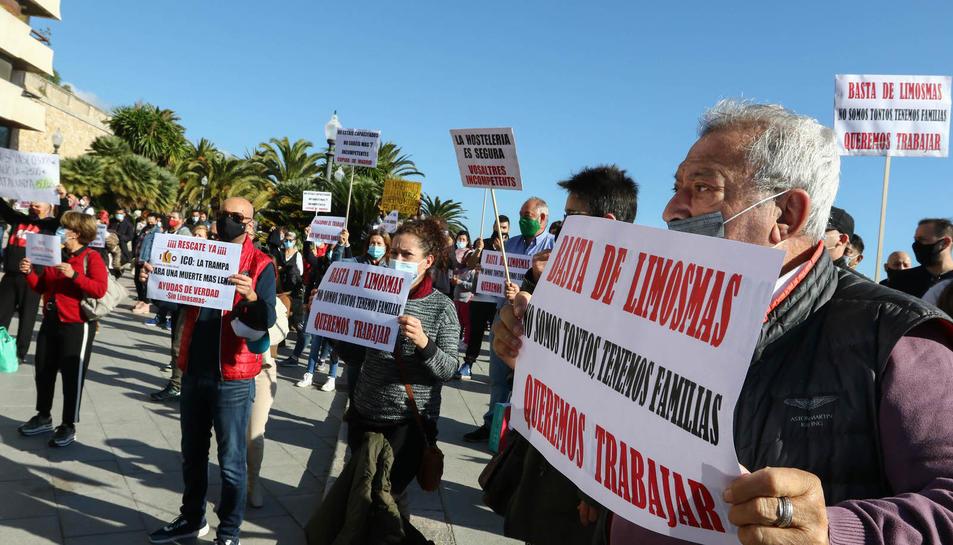 Manifestació del sector de l'hosteleria al Balcó del Mediterrani (I)