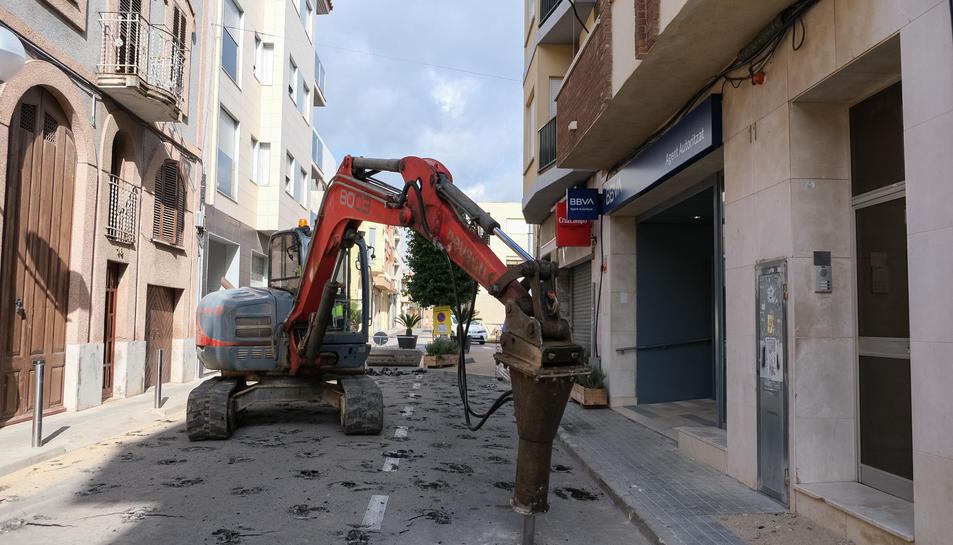 LEs obres al carrer Major ja han començat.