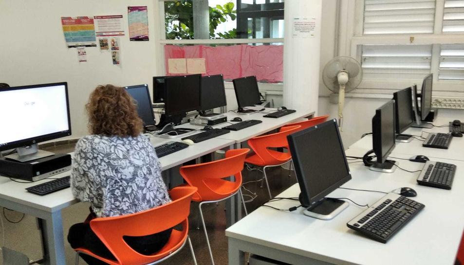 Imatge de l'aula informàtica de Bonavista.