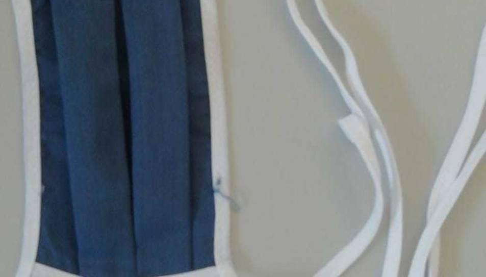 Imatge d'una de les mascaretes de tela que duen els presos.