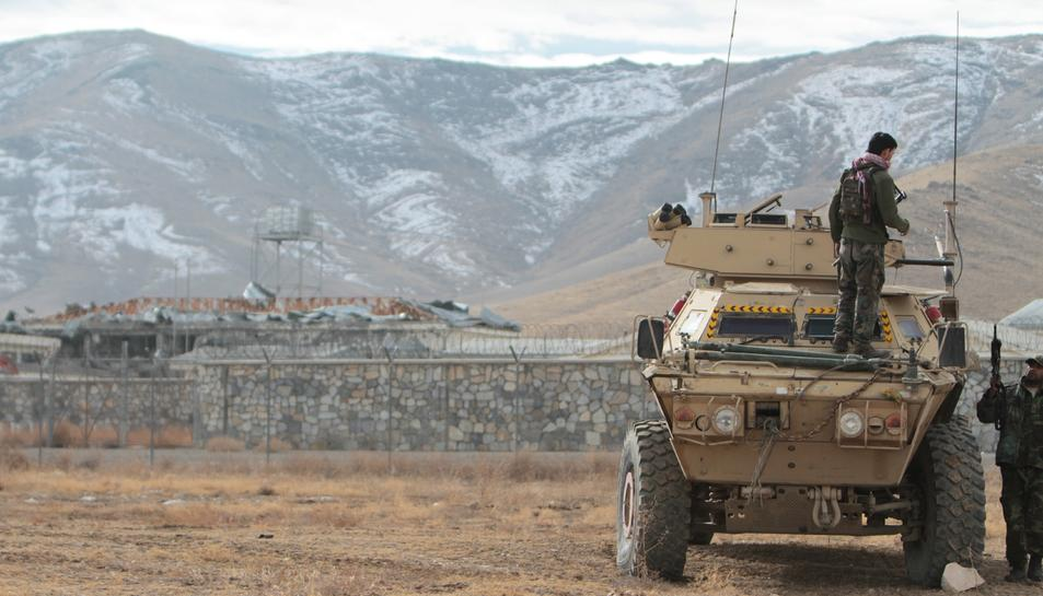 El suïcida va explotar les bombes aquest matí a tocar d'una base policial a Ghazni