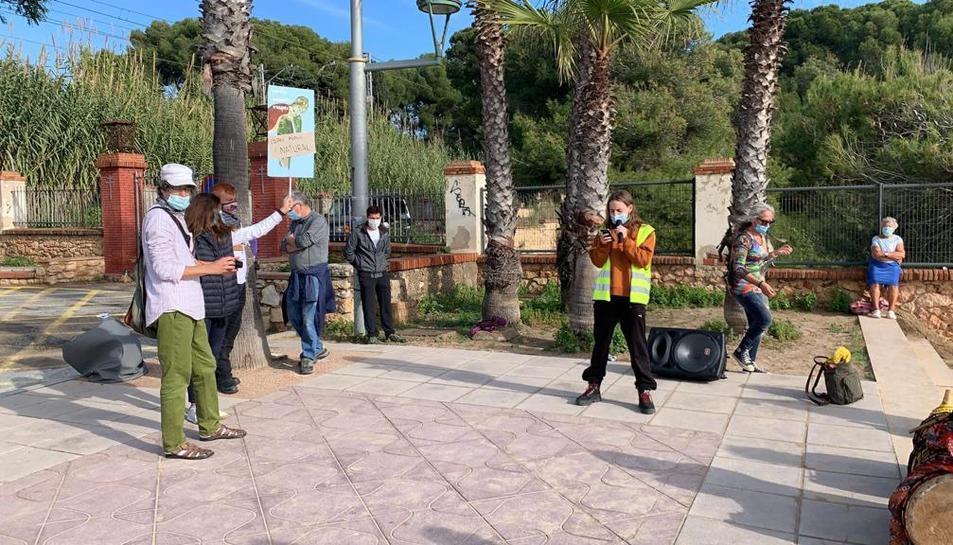 Durant l'acte s'ha llegit un manifest en contra de la construcció d'un hotel