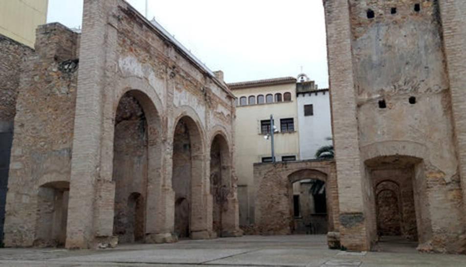 Pla general de la plaça dels Dolors de Tortosa.