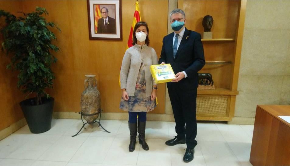 Liiurament de la 'Capsa de la il·lusió' a Tarragona per part de l'ONCE.