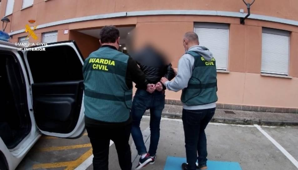 La detenció s'ha produït a Biscaia després de rebre la denúncia a Navarra d'una víctima.