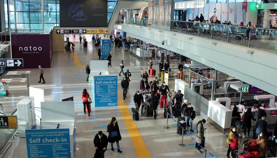 Itàlia ja ha suspès els vols amb el rEGNE unit
