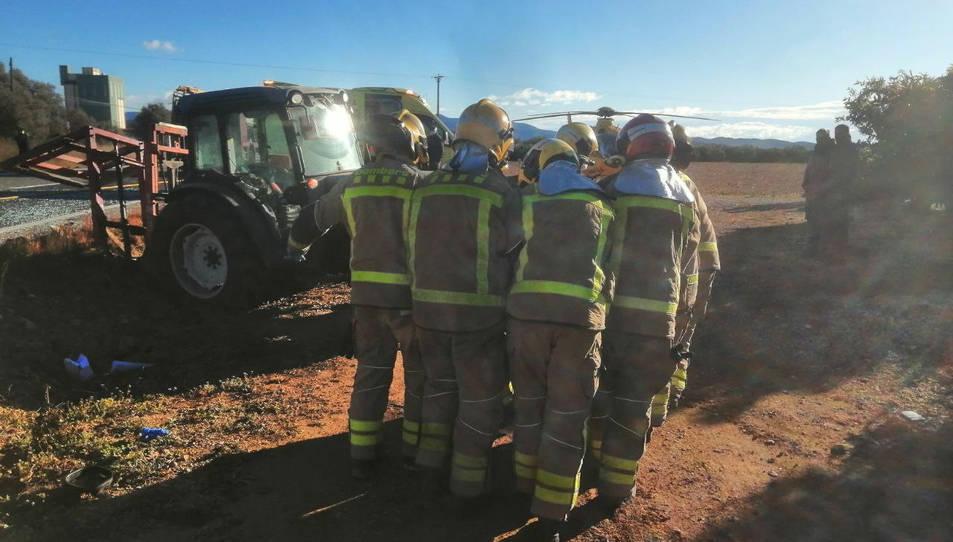Els Bombers al lloc de l'accident.
