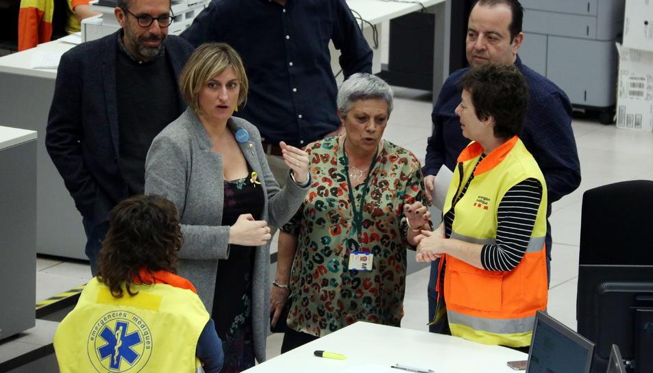 La consellera de Salut, Alba Vergés, visita la seu central del SEM a l'Hospitalet de Llobregat, el 29 de febrer del 2020.