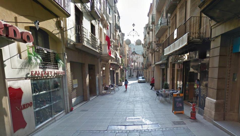 Imatge del carrer de la Cort de Valls, un dels eixos comercials.
