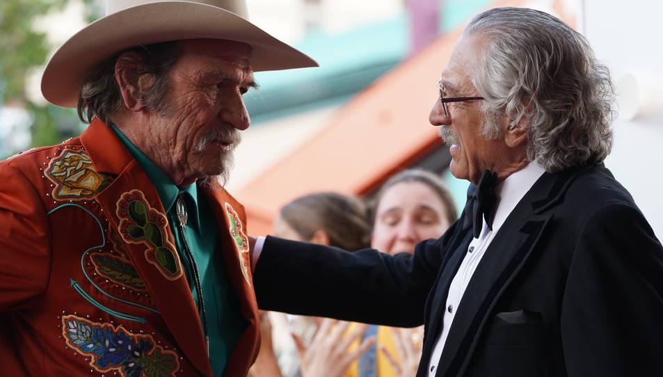 Robert De Niro i Tommy Lee Jones a 'La última gran estafa'.
