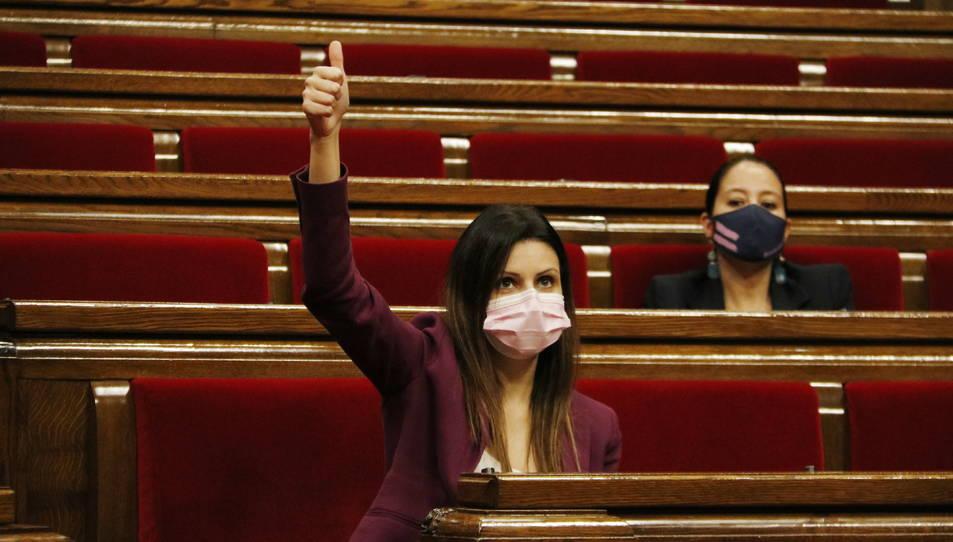 Imatge d'arxiu de Lorena Roldán dins a l'hemicicle.