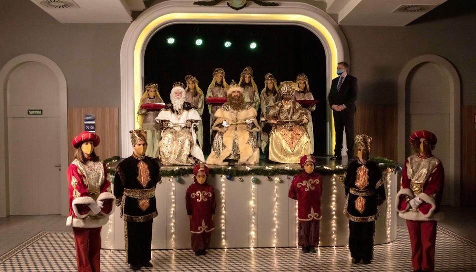 Pla general dels Reis Mags d'Orient i la seva cort al Teatret del Serrallo de Tarragona