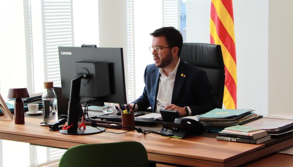Pla mitjà del vicepresident de la Generalitat, Pere Aragonès.