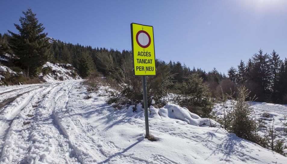 Alguns accessos estan tancats per la neu.