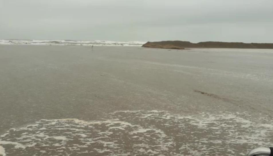 L'estat en què ha quedat la barra del Trabucador després de les afectacions del temporal Filomena.