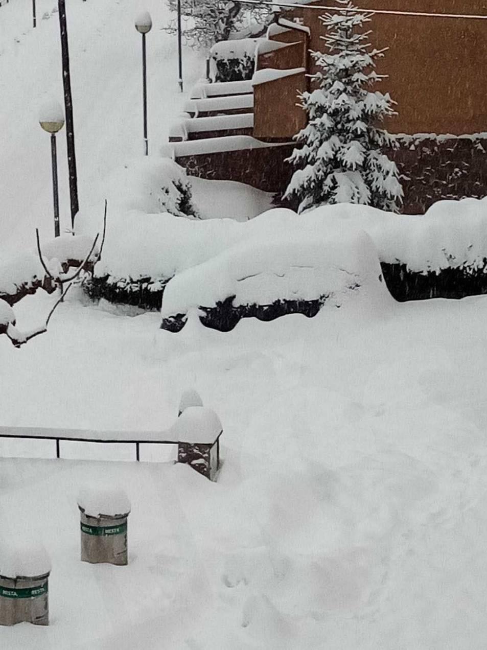 Nevada a Prades, la neu es consolida