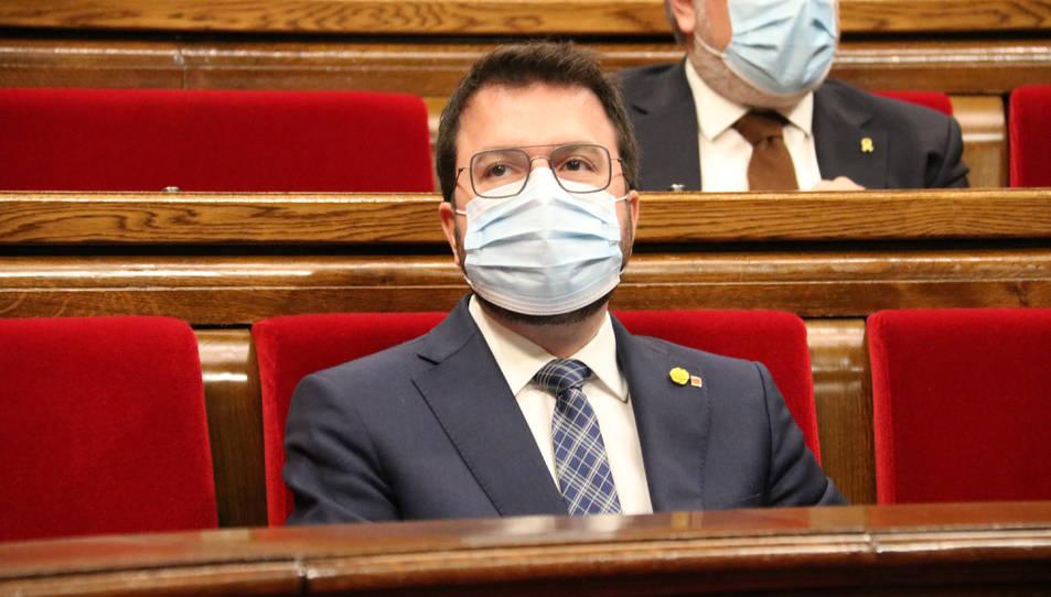 El vicepresident amb funcions de president, Pere Aragonès, durant la sessió de la Diputació Permanent parlamentària.