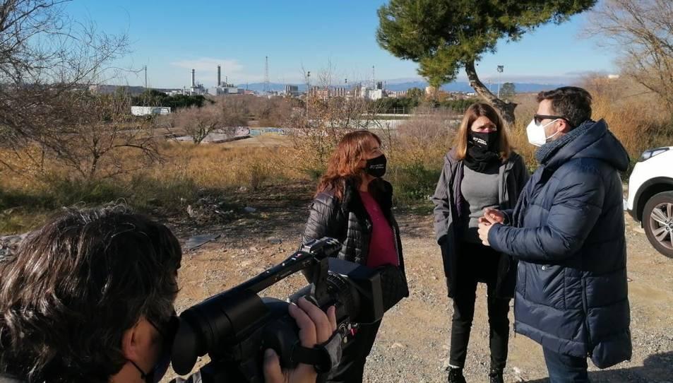 La diputada d'ECP Yolanda López visita Bonavista acompanyada de