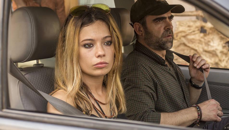 Anna Castillo i Luis Tosar a 'Adú'.