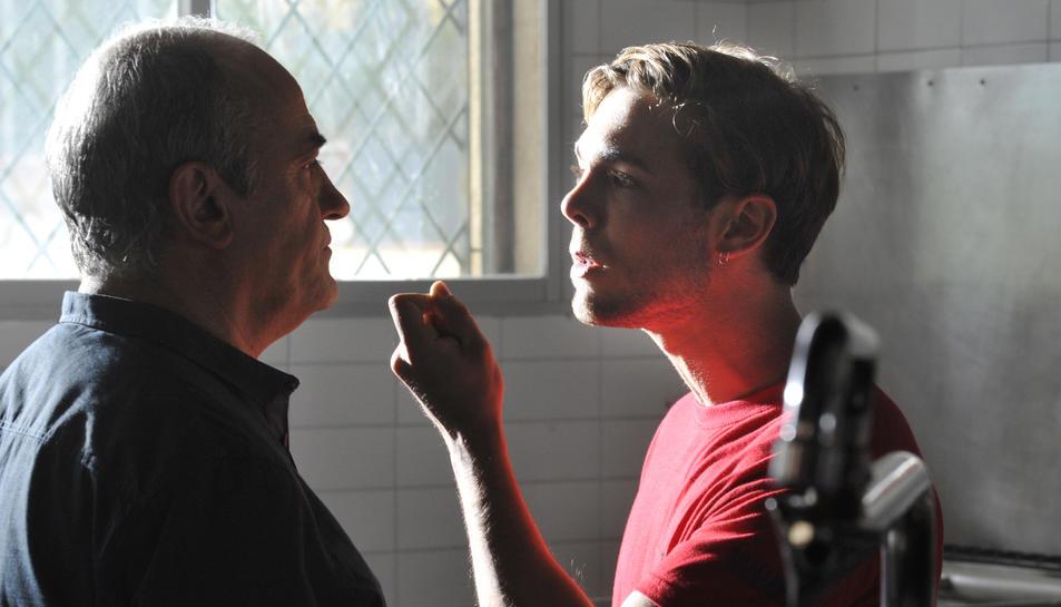 Un moment de la segona temporada de 'Merlí' amb el principal protagonista, Francesc Orella, en el paper de professor.