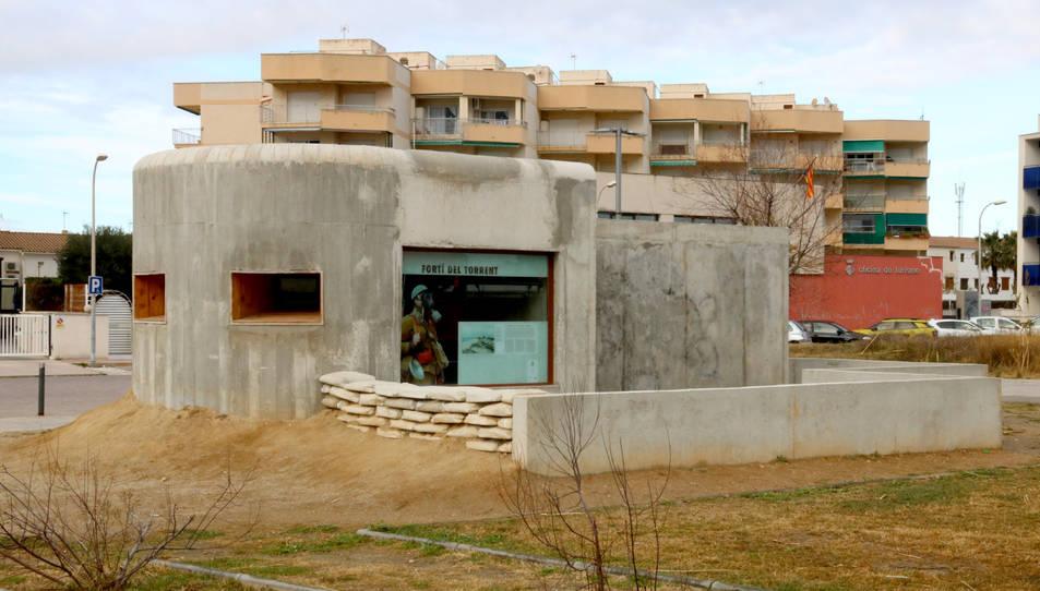 Pla general del búnquer reconstruït parcialment a Cunit.