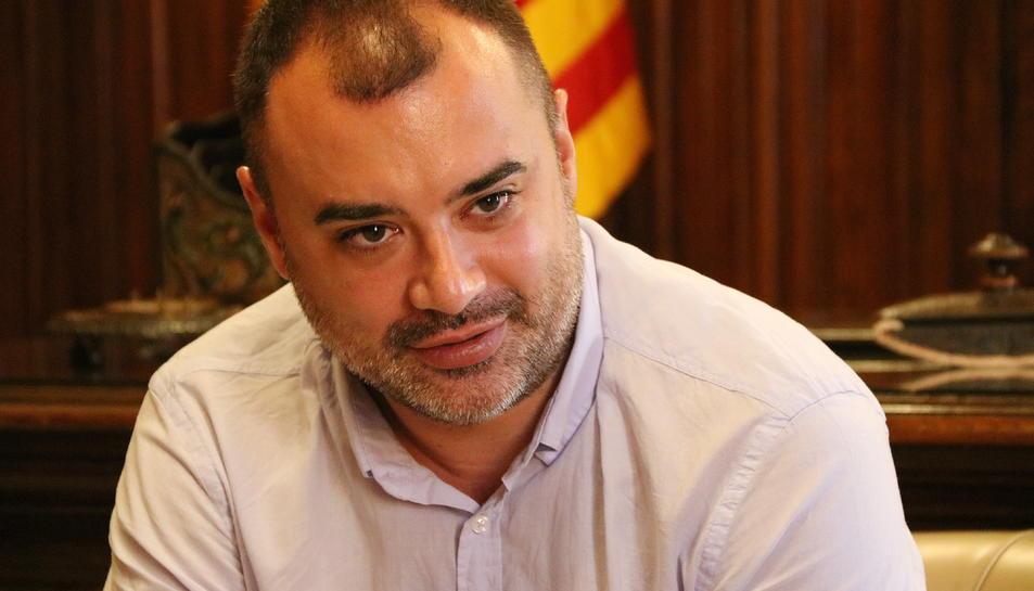 Primer pla de l'alcalde de Terrassa, Jordi Ballart.