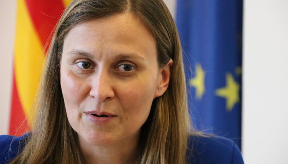 La delegada del Govern a Brussel·les Meritxell Serret durant una entrevista.