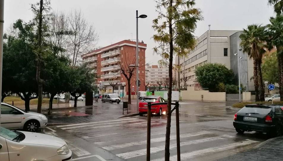 La pluja ha arribat amb força a Tarragona.