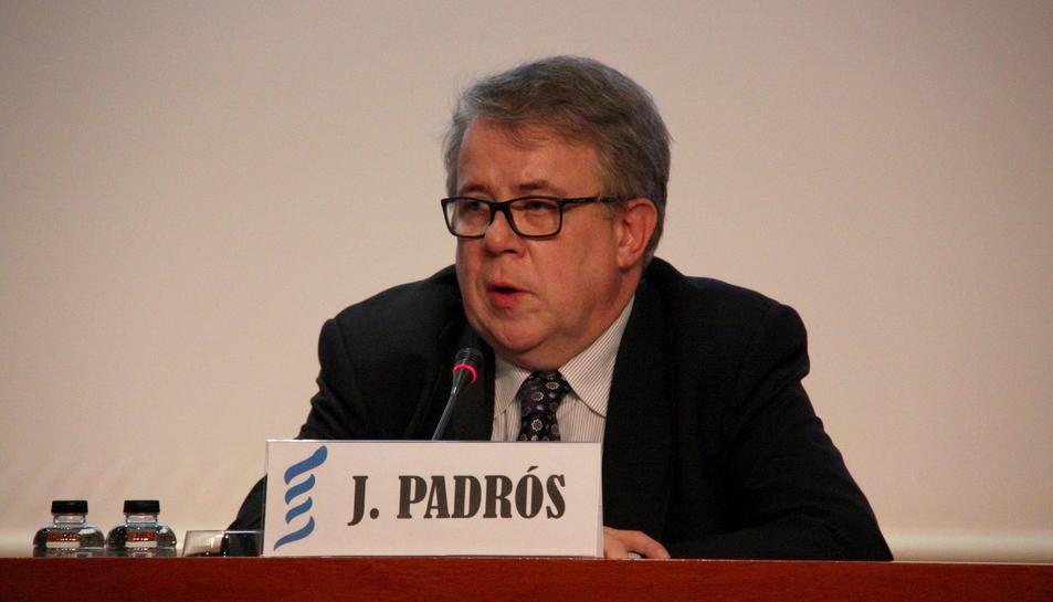 El president del Col·legi de Metges de Barcelona, Jaume Padrós, en una compareixença.