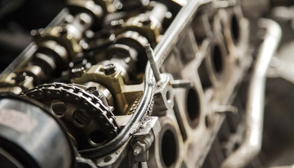 La multinacional es dedica als serveis d'enginyeria i homologació per a l'automòbil.