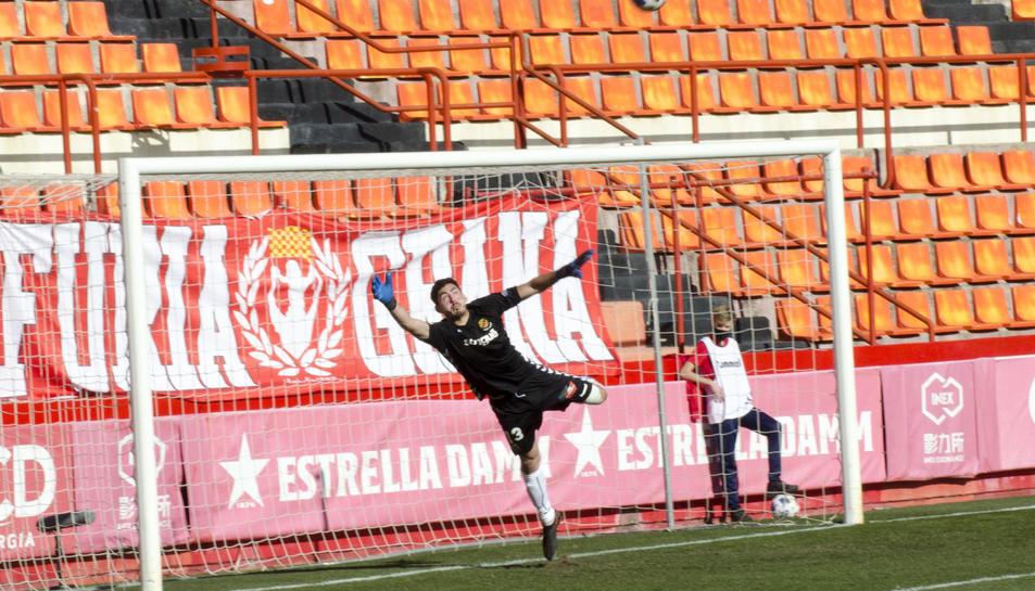 Gonzi, durant el Nàstic-Barça B.