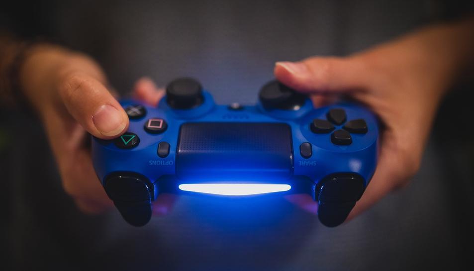 Imatge d'arxiu d'un comandament de la Playstation