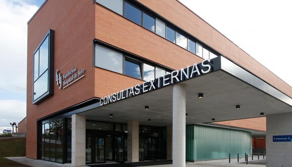 Imatge de l'exterior de l'hospital de Jove de Gijón.