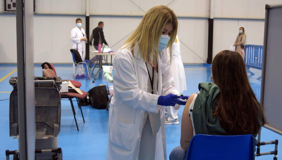 Cambrils és un dels 37 centres a tota Catalunya per vacunar als grups prioritzats en la tercera fase.