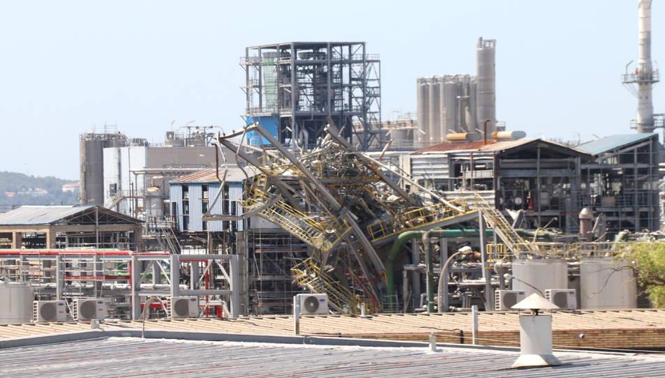 Zona on va explotar un reactor a la planta de derivats d'òxid d'etilè a les instal·lacions de l'empresa IQOXE.