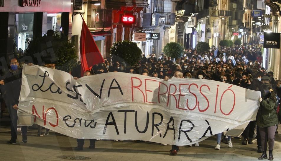 Concentració i manifestació de protesta per l'empresonament de Pablo Hásel a Reus