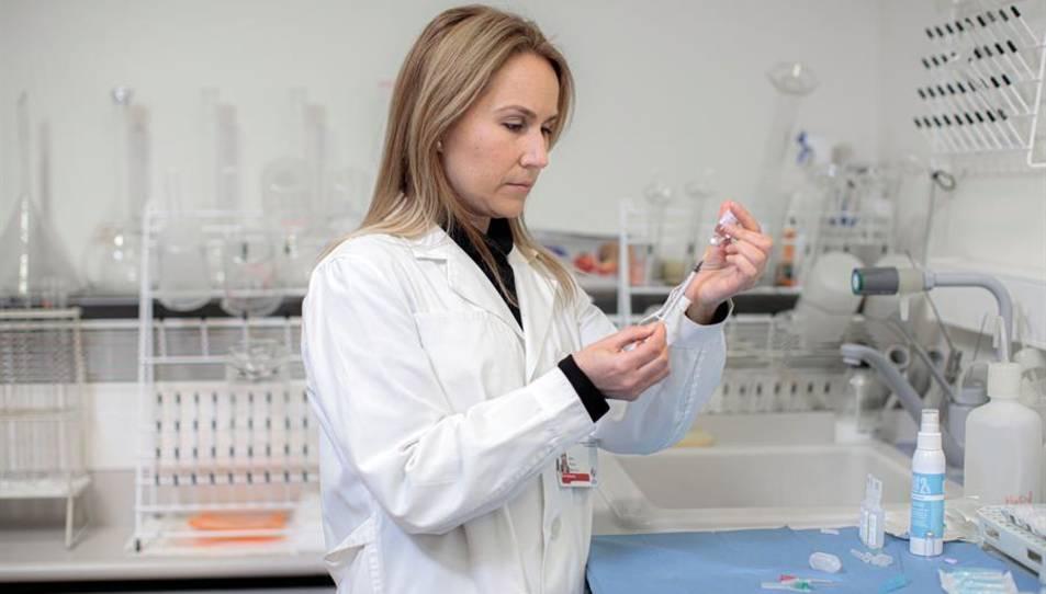 Ana Sola es una de la enfermeras que ha logrado este avance.