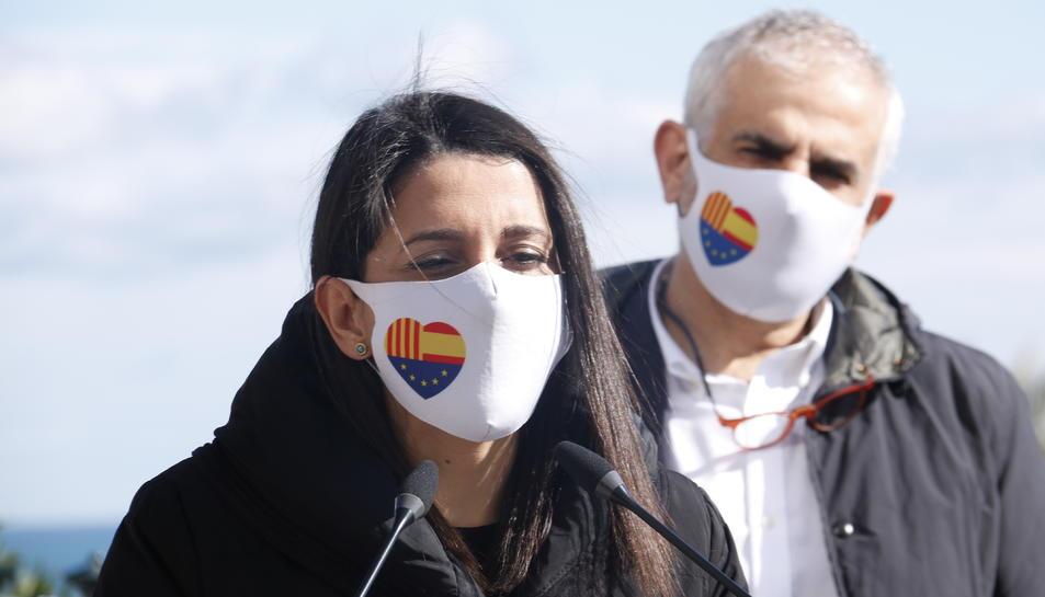 La presidenta de Cs, Inés Arrimadas, al costat del candidat a la Generalitat Carlos Carrizosa.