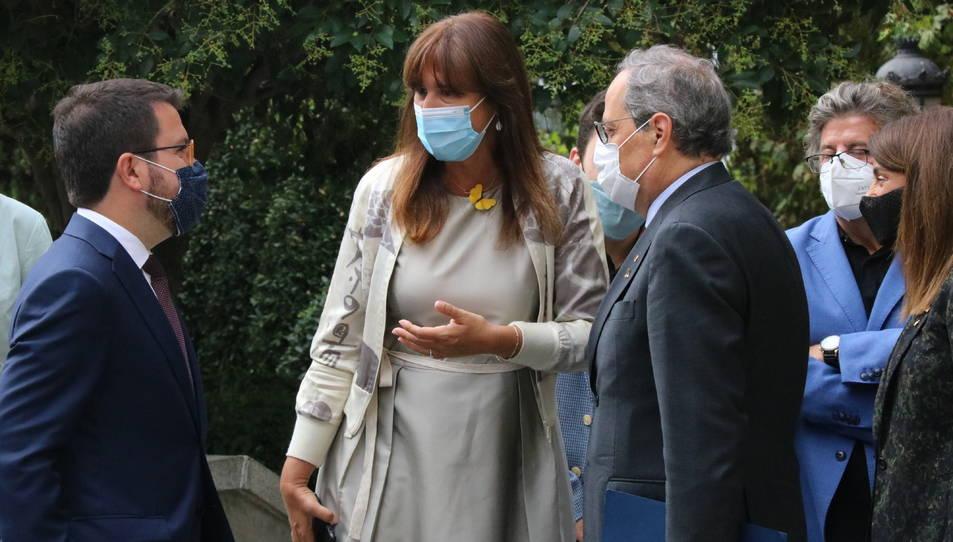 El president de la Generalitat, Quim Torra, el vicepresident, Pere Aragonès, i la portaveu de JxCAT al Congrés, Laura Borràs.