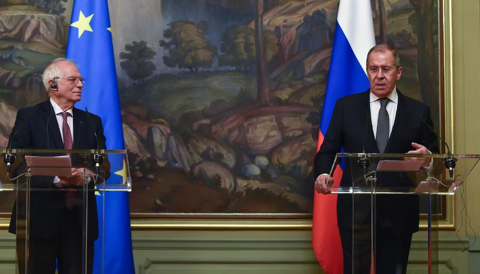 L'Alt Representant de la UE, Josep Borrell, en una roda de premsa conjunta amb el ministre d'exteriors rus, Sergei Lavrov, a Moscou el 5 de febrer del 2021.