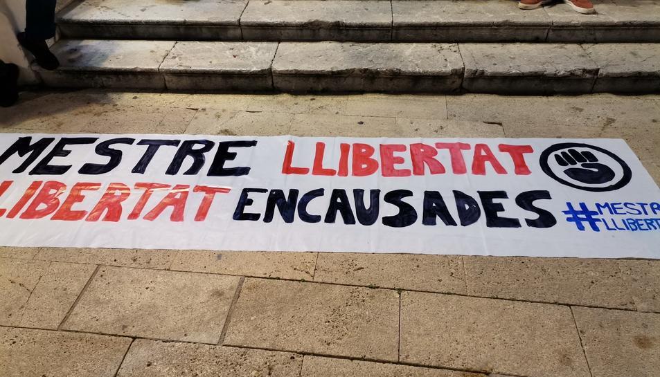 Pancarta utilitzada a la manifestació.