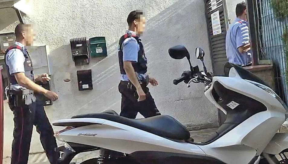 Agents de mossos van intervenir a Villajardín el 18 d'agost.