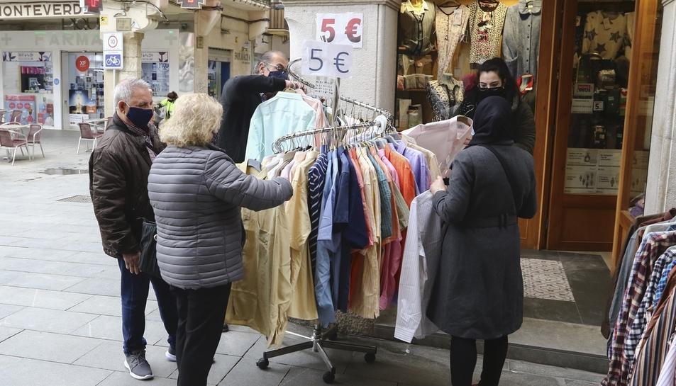 'Les Botigues al Carrer' de Reus quallen un «bon inici» de campanya